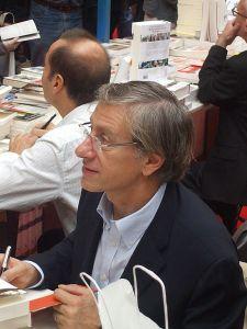 Jean-Christophe-Rufin-J-aime-une-vie-hors-des-contraintes-de-la-societe_article_main
