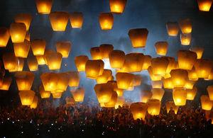 Flying lantern, Pingxi Taiwan, 2007