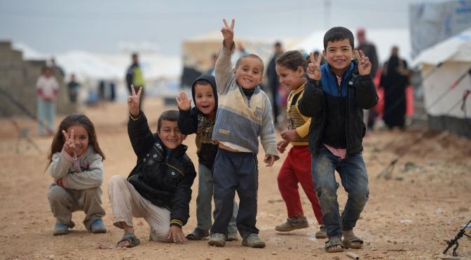 Myt: Flyktingmottagandet orsakar brist på lärare och socionomer