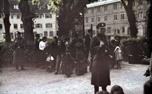 bundesarchiv_r_165_bild-244-52_asperg_deportation_von_sinti_und_roma