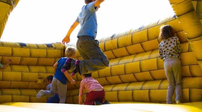 Låt barn uppfostras som individer – och hjälp dem att förstå tillvaron